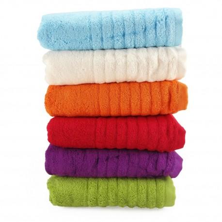 BAMBUSOVÝ ručník s výšivkou